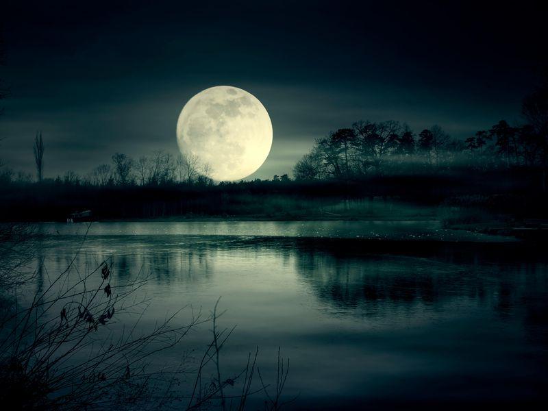 Смысл песни Moonlight - XXXTENTACION