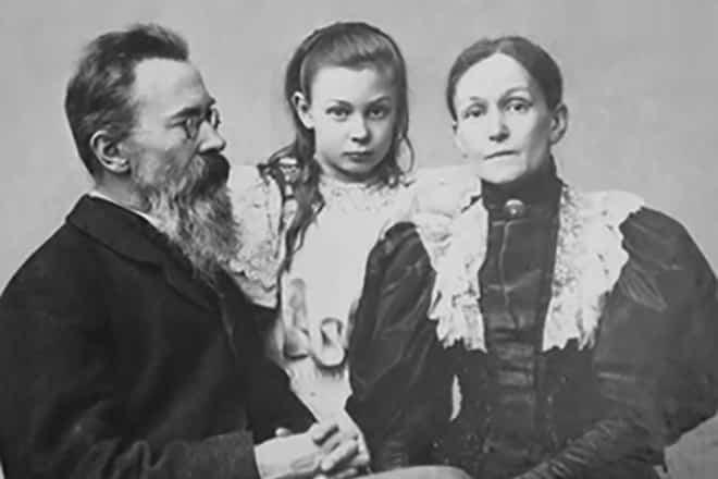 Краткое содержание биографии Николая Андреевича Римского-Корсакова