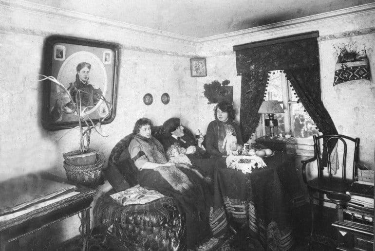 """Смысл стихотворения """"Бабушке"""" Марины Цветаевой"""