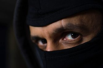 Список лучших фильмов про террористов
