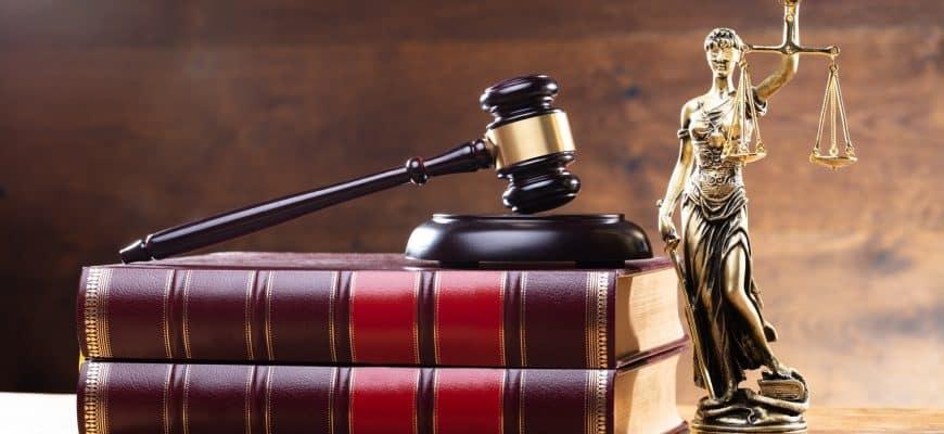 Топ лучших фильмов про судебные процессы и адвокатов